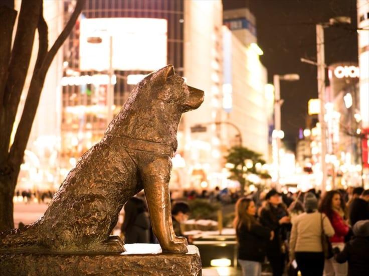渋谷ハチ公前