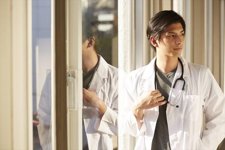 医者と結婚したいなら?おすすめな出会えるスポットと医者に見合う女性像について