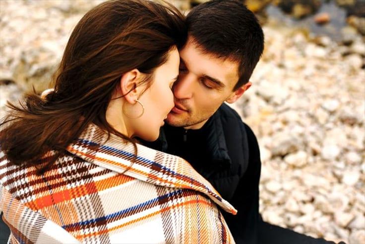 男性がキスしたくなる瞬間
