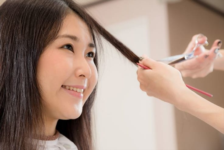 丸顔のヘアスタイルのポイント