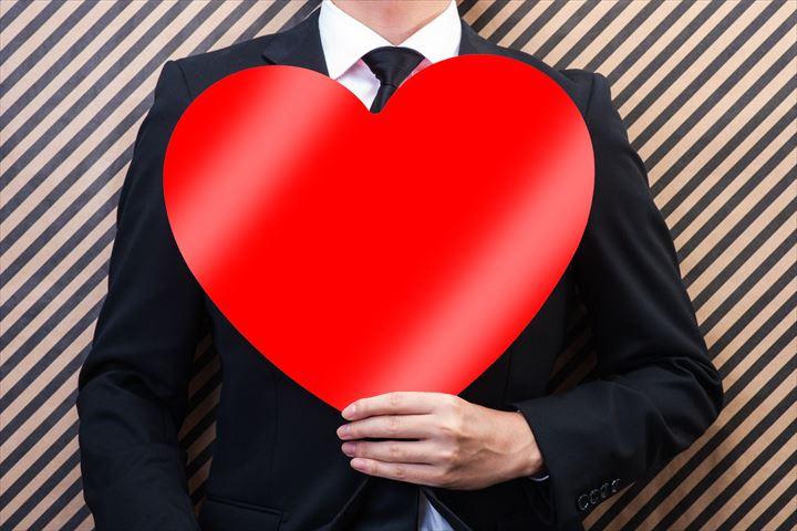 アモーレって言ってくれる男性の特徴12個!愛情表現がしっかりしている男性が結婚に向いている理由とは?について