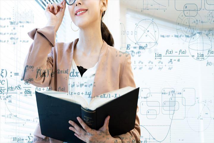 大学教授になるには?おすすめな方法2個と実際の仕事内容を給料事情をのぞき見について