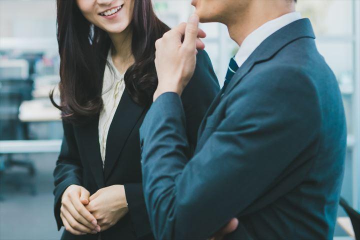 社内恋愛でのメリットと注意点とは?オフィスでドキドキな恋愛を楽しもう!について