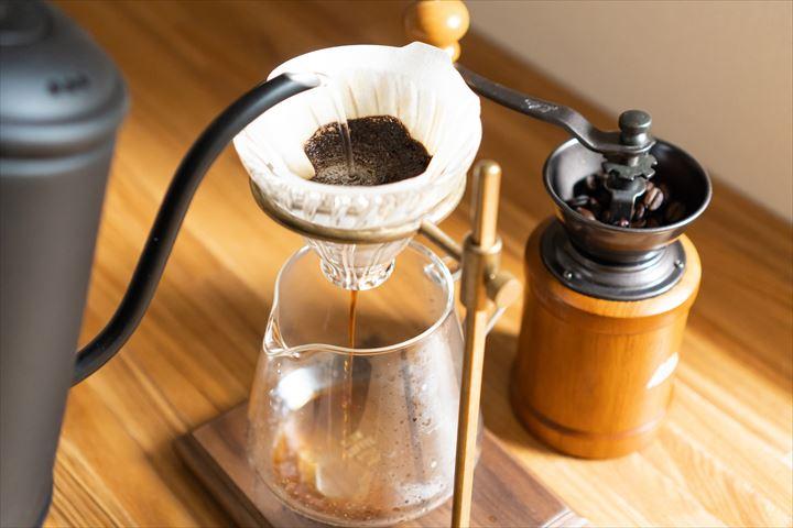 コーヒーを豆から淹れる